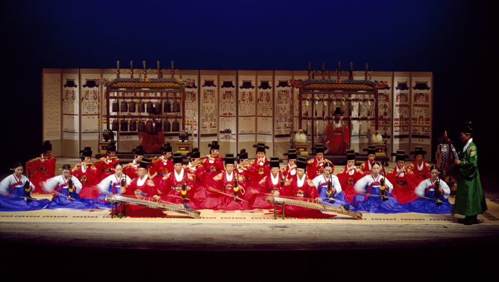Traditional & Colorful Korean Performance - Review of ...