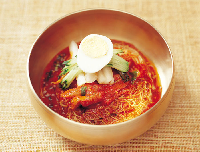 Bibim Naengmyeon spicy Korean cold noodle with sashimi