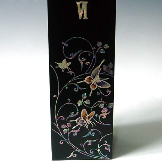 mother of pearl inlaid butterfly square wall hanging black. Black Bedroom Furniture Sets. Home Design Ideas