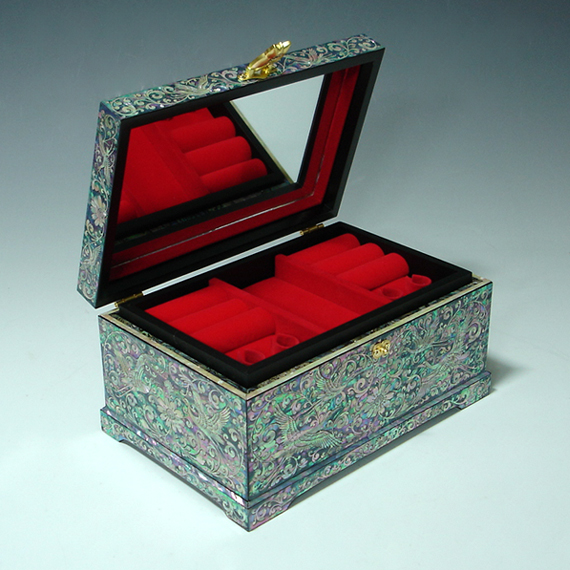 solid wood jewelry box inlaid with of pearl peony